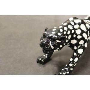 Sculpture panthère noire avec tâches blanches - objet décoratif résine - FELIN NOIR