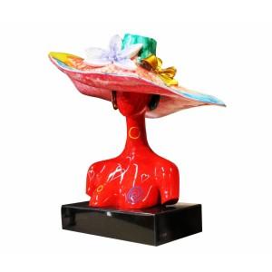 Buste femme rouge à chapeau  - objet décoratif multicolore en résine et peinture laquée - LADY RED HAT