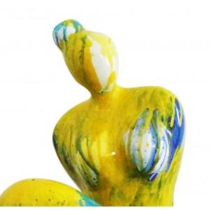 Statue femme assise stylisée figurine décoration jaune et bleue - objet design moderne