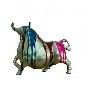 Statue taureau argenté décoration bleue et multicolore - objet design moderne