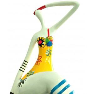 Statuette femme assise figurine décoration blanche et multicolore style pop art