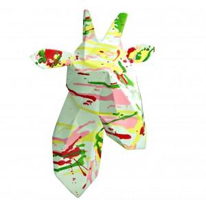 Tête girafe décoration murale style cubique - blanche et tâches de couleurs - objet design moderne