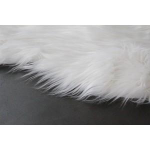 tapis - aspect fourrure blanche - salon- descente de lit - plaid canapé - toucher douceur intense - POLUX